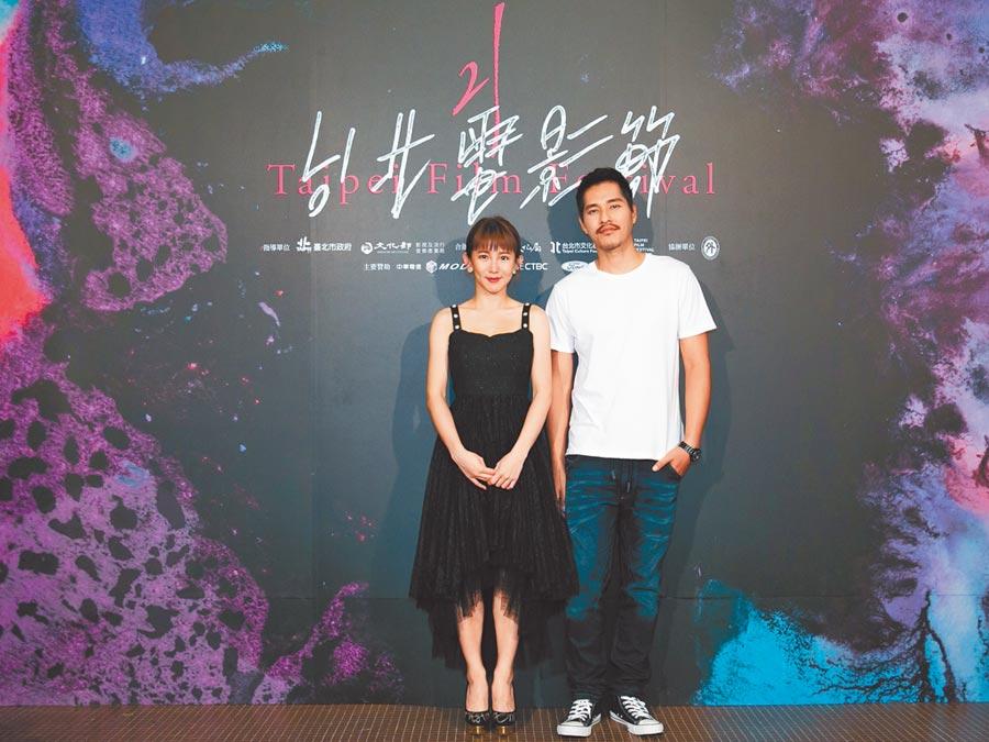 郭書瑤(左)跟藍正龍昨出席北影首映,透過作品希望大家更瞭解唐氏症。