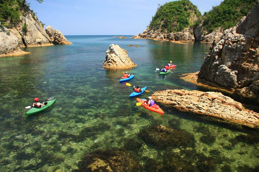 鳥取浦富海岸海水清澈度日本第一。圖:華信提供
