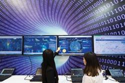 專家傳真-金融服務機構 如何征服創新障礙?-突破資料孤島、轉換數據價值成致勝關鍵