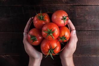營養翻倍!這5種蔬果最好煮過再吃