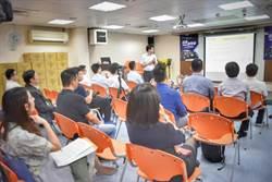 支持酒駕新法上路,台灣大車隊擴大招募轉職與兼職代駕司機