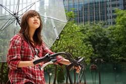 不愛摺疊傘!為何日本人偏愛長傘?