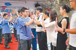 宣導反毒 10學生登台灣第3高峰