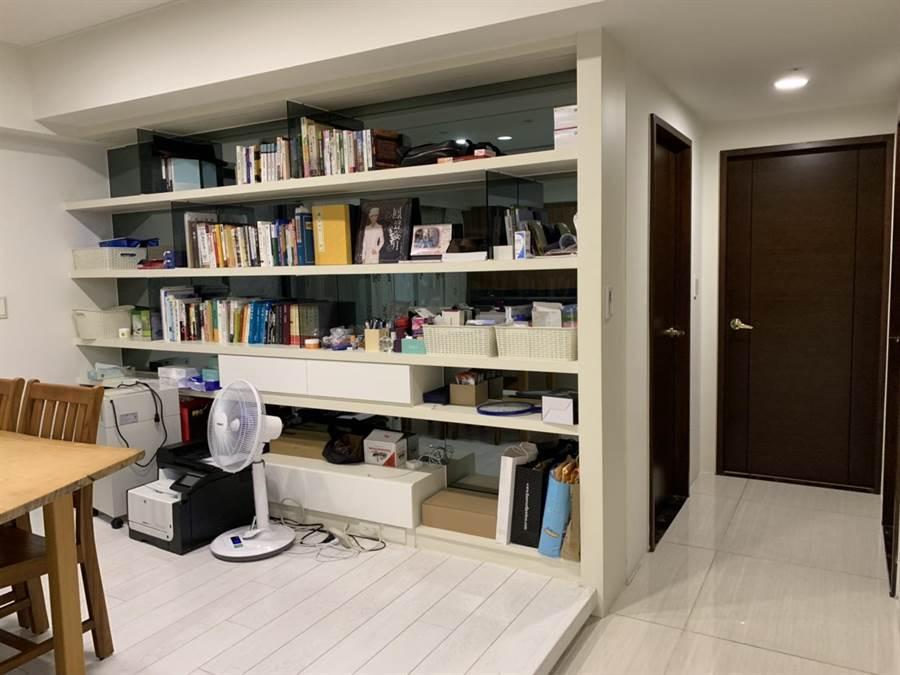 高雄市長韓國瑜在左營租屋,室內3房2廳2衛,並無太複雜的裝潢,和一般小康家庭沒什麼兩樣。(韓國瑜提供)