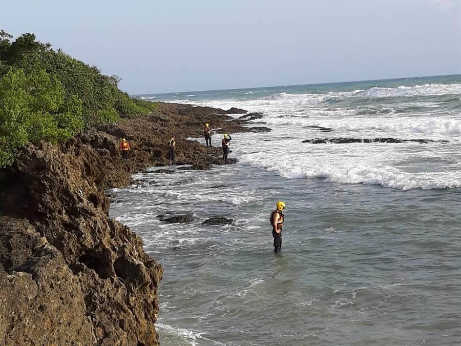 中年男墾丁溺水,救起已無生命跡象。(示意圖/中時資料照)