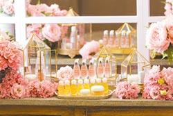 頂級保養品 打造法式浪漫花店