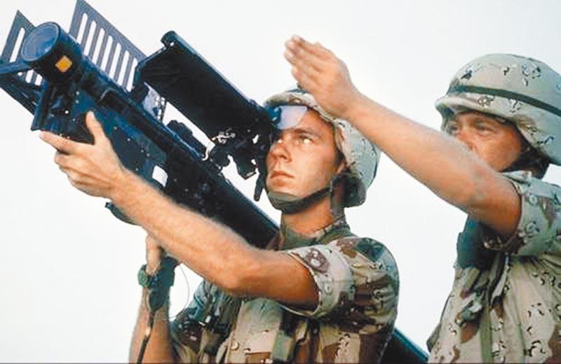 FIM-92型「刺針」單兵可攜式防空飛彈。