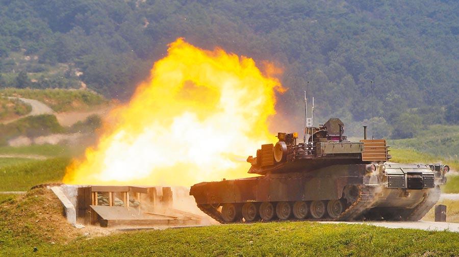 M1A2戰車。