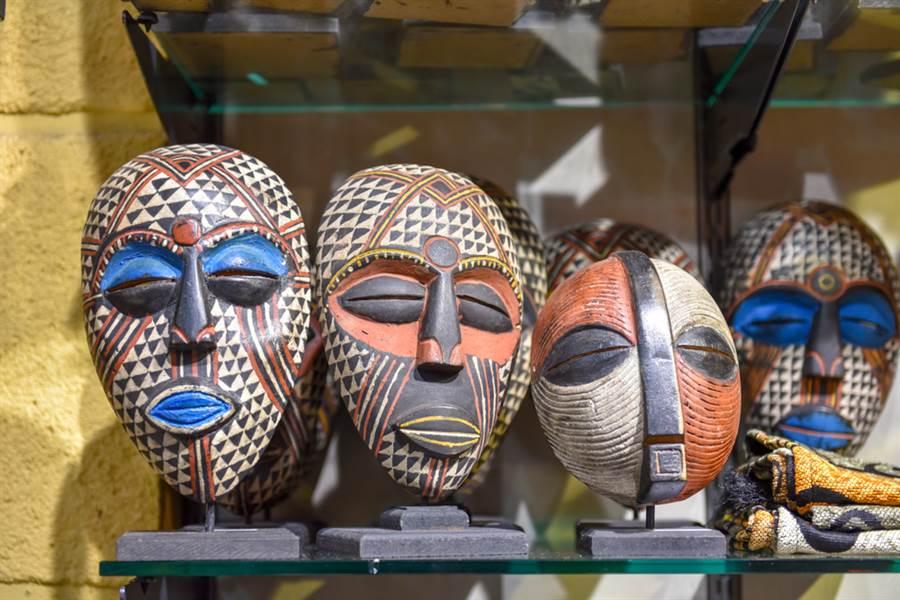 家中驚見古文明面具 真相讓網笑翻(示意圖/達志影像)