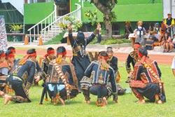 多納黑米祭 看勇士跳凱旋舞