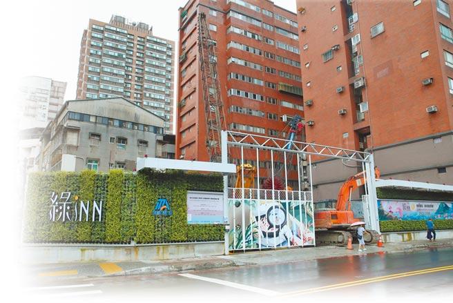 新北市中和四號公園危老重建案,基地位於新北市中和區中安街88號。(陳君瑋攝)
