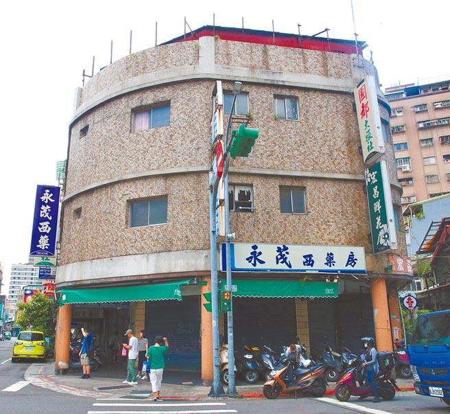 台北市有相當多危老核准重建案,位於萬華區昆明街287號總獎勵額度為20。(陳君瑋攝)
