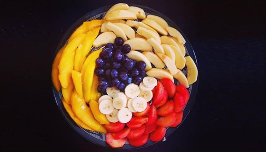 只要遵守大原則,水果切好隔天也能安心吃。 (圖片來源/pixabay)
