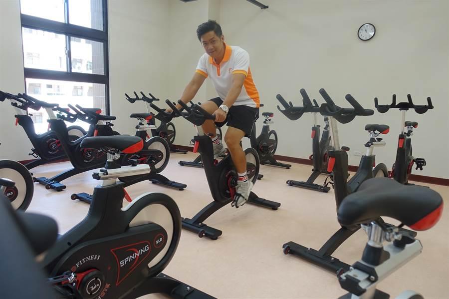 云林县国民运动中心采购磁控式飞轮21台。