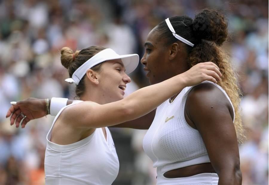 哈麗普(左)在溫網決賽打贏小威廉絲。(美聯社)