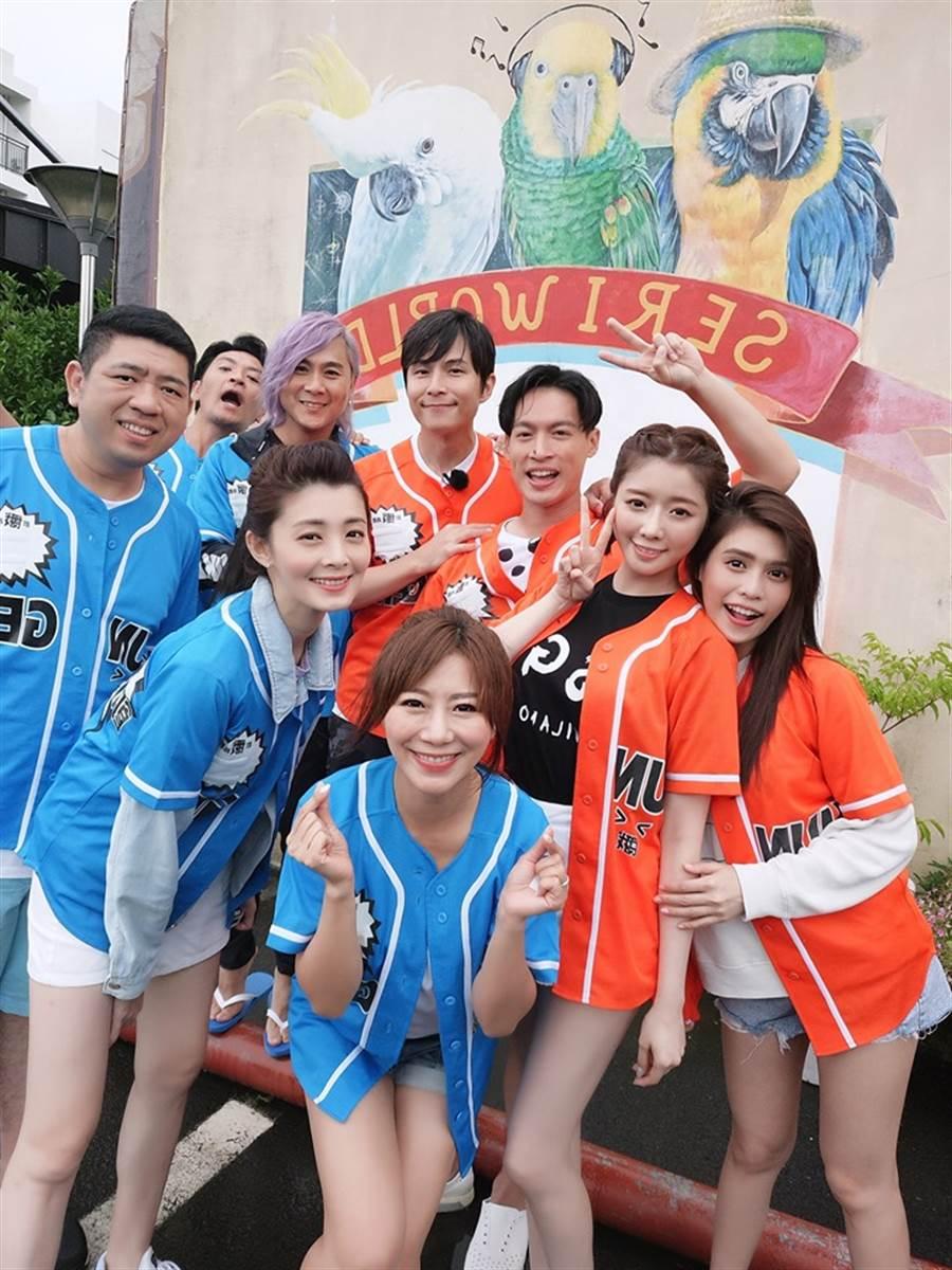 孫協志人在濟州島錄影,夏宇童(右一)也是來賓。(圖/翻攝自臉書)