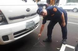 九把刀被吼移車事件 中市警加強取締擋路車