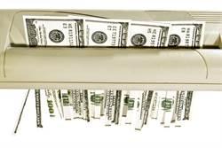 55萬公款變碎紙 她花一個月復原