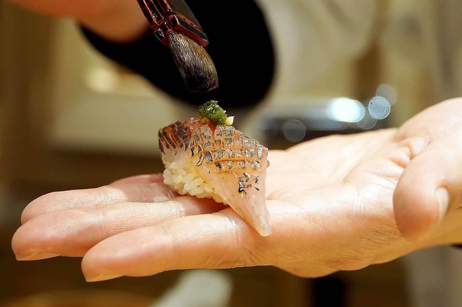 〈初魚料亭.晶華〉承襲〈初魚〉系列餐廳的傳統,食材全部日本進口、並會「依食材調味」,但價格不會「貴氣逼人」,CP值很高。(圖/姚舜)