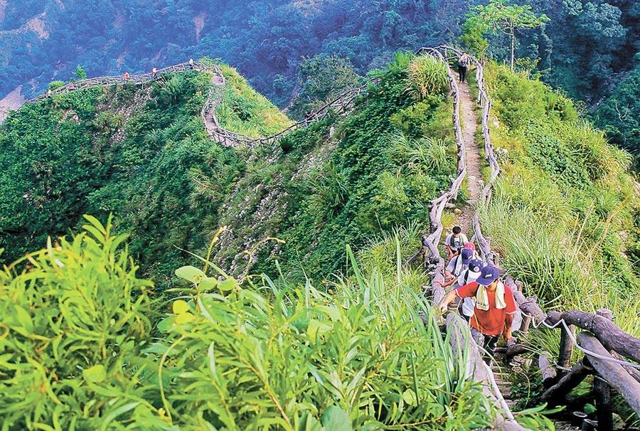大坑登山步道规画完善,提供中部民众健身、接触大自然的好所在。