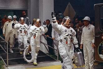 紀念登月50年 NASA發射5千枚模型火箭