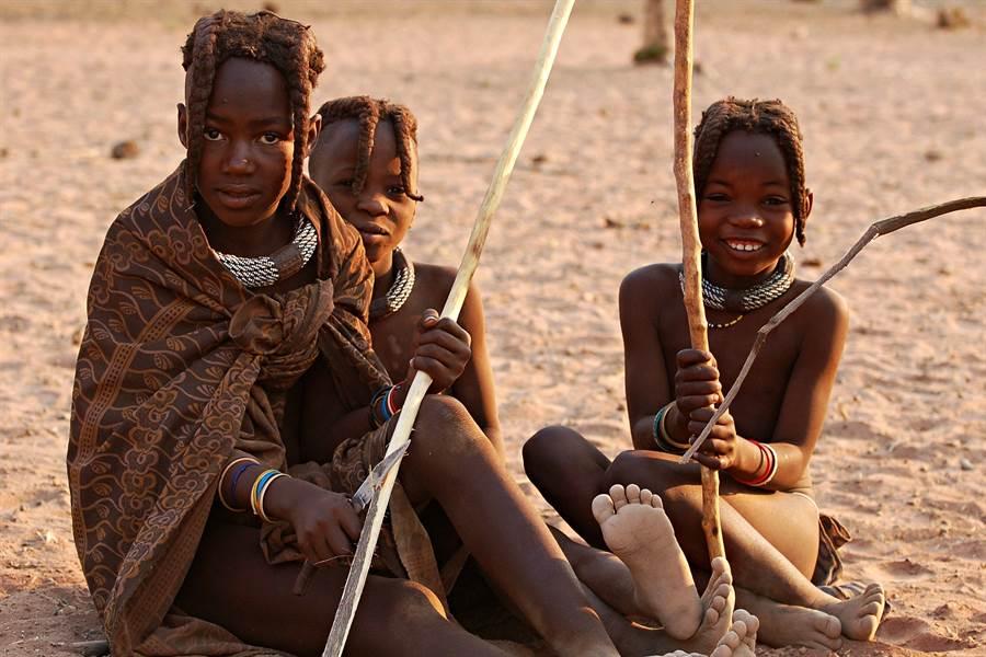她深入非洲生活 拍到部落震撼畫面(示意圖/達志影像)