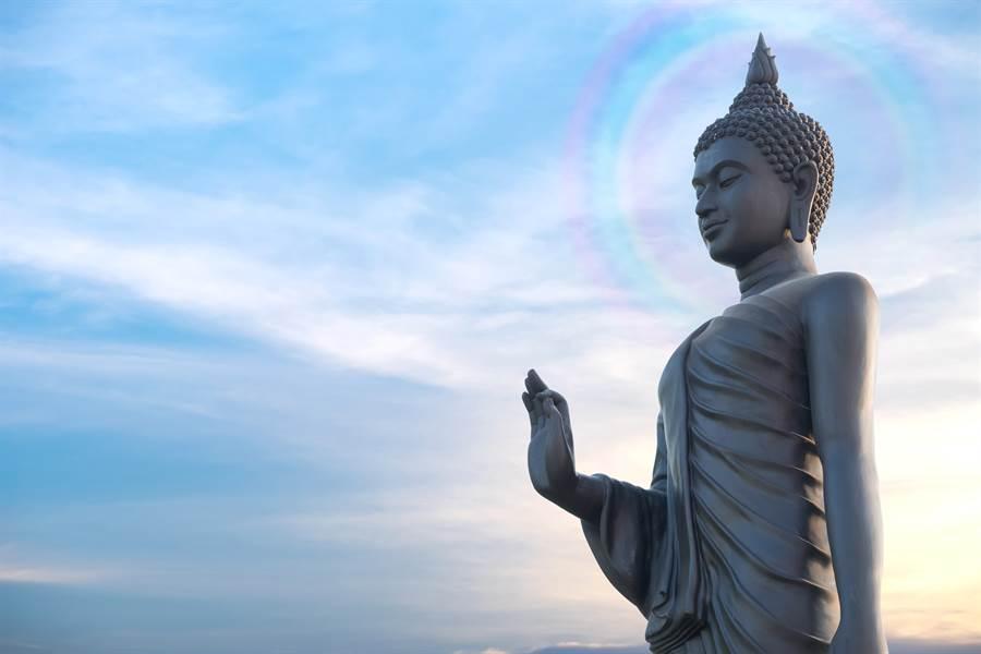 佛像腦勺神奇長出菩提樹 信眾朝聖:佛祖顯靈(示意圖/達志影像)