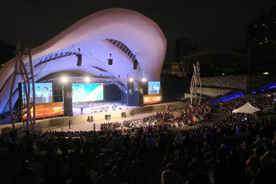 圓滿戶外劇場是台中市的藝文重鎮。(盧金足攝)