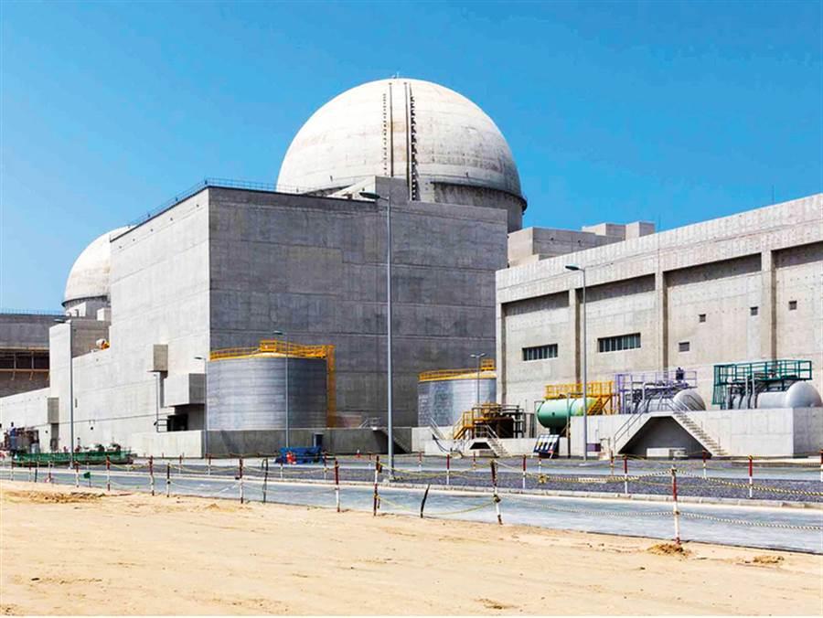 阿聯的民意調查顯示,85%的民眾支持核能,巴拉卡核電廠附近的支持度更高。(圖/巴拉卡核電廠)