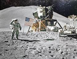 為何阿姆斯壯是登月第一人?搭檔曝真相
