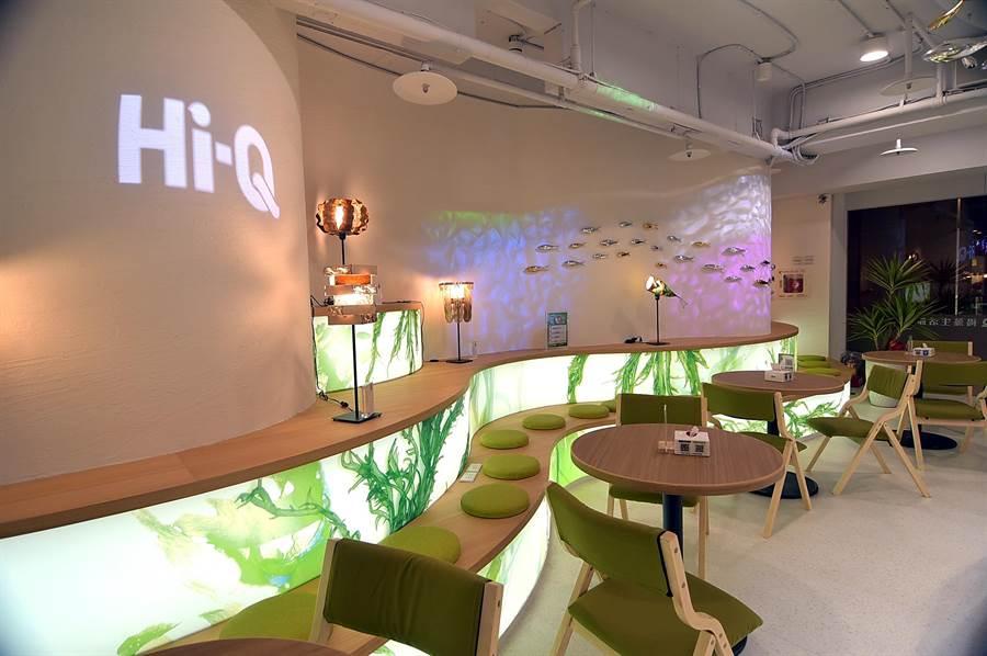 除了〈Hi-Q鱻食〉餐廳,在 位於Hi-Q褐藻生活館一樓亦可享用健康輕食簡餐。(圖/姚舜)