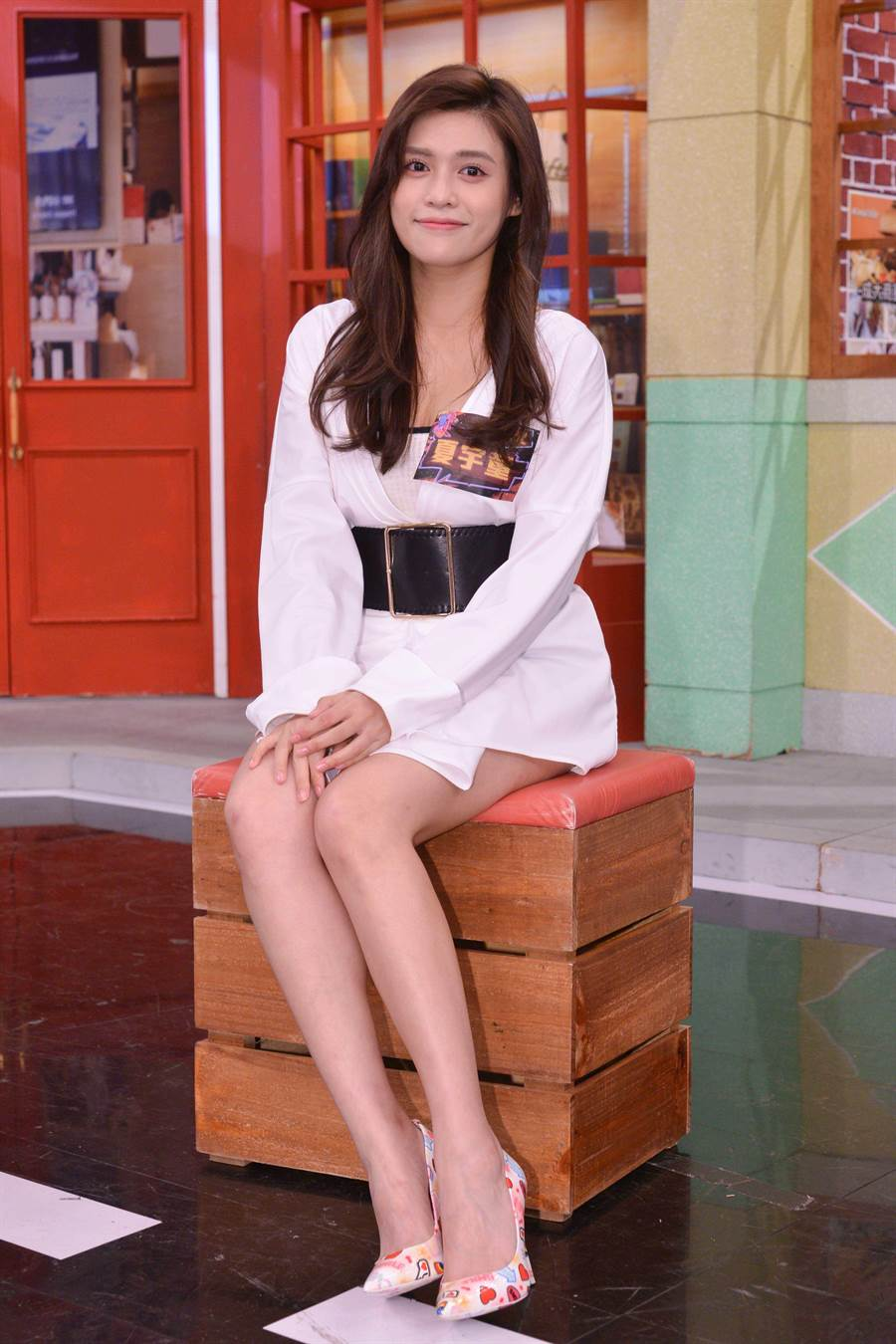 夏宇童上于美人主持的《請問你是哪裡人》,新戀情成焦點。(衛視中文台提供)
