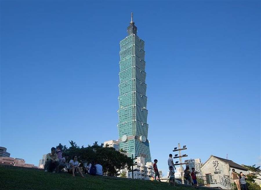 謝金河認為,台灣陷入困境的最大根源是人流、物流、金流都流往中國大陸。(資料照)