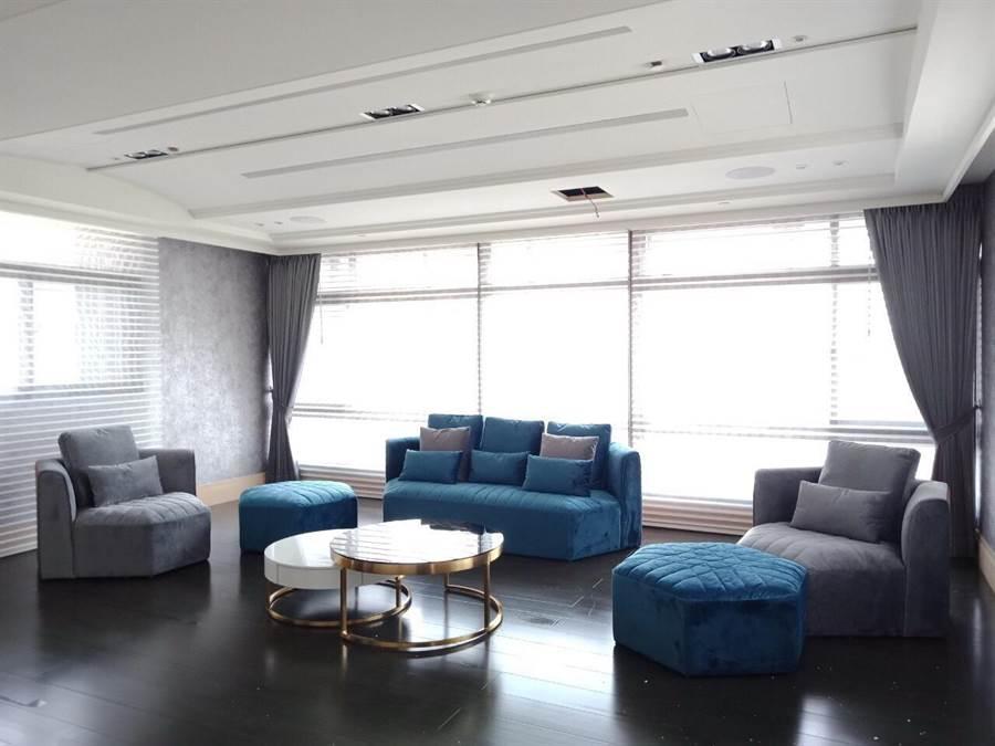 「國美晴空II」特別設計多款裝潢造型,依價位及風格需求,讓住戶親眼鑑賞。(盧金足翻攝)