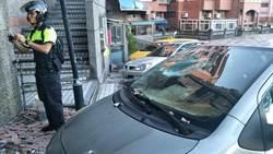 車停大樓避颱風  躲不過磁磚雨遭砸爛