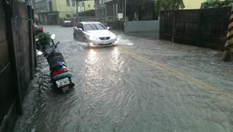 台中仁愛路下雨成河 雨水下水道拚明年汛期前完工