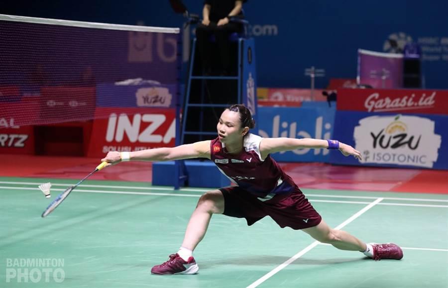 戴資穎印尼公開賽8強戰2比1拍退強敵依瑟儂。(Badminton Photo提供)
