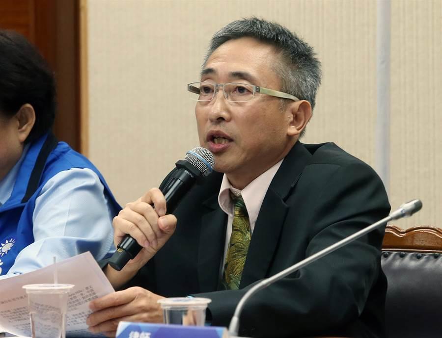 中時社長王丰表示堅決採取司法訴訟捍衛集團全體同仁名譽與尊嚴。(趙雙傑攝)