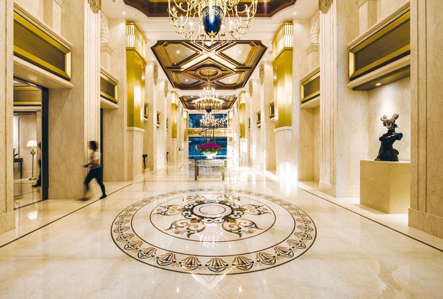 「中悅悅軒」是桃園藝文特區豪宅地段最後建地,80坪席位賣一戶少一戶,為中悅傾盡建築工藝的巔峰之作。圖/業者提供