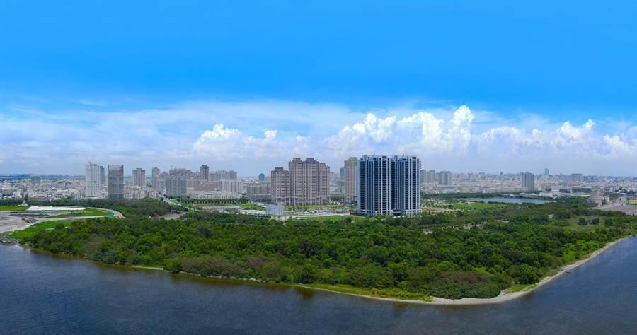 國平重劃區因為要打造遊艇碼頭,不少建案打著景觀訴求銷售房屋,帶動房地產交易熱絡。(富立建設公司提供)