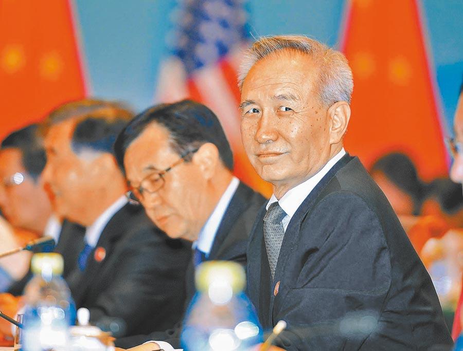 大陸國務院副總理劉鶴(右一)。(中新社資料照片)