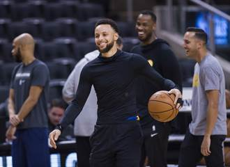 NBA》柯瑞自爆:當年被勇士老將惡整