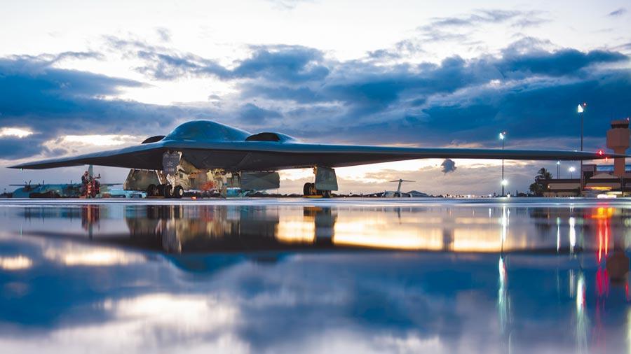 美軍B-2轟炸機在全球沒有同級別的競爭對手。(取自美國空軍官網)