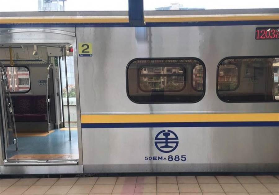 台灣民眾對台鐵誤點已習以為常,區間車示意圖。(資料照)