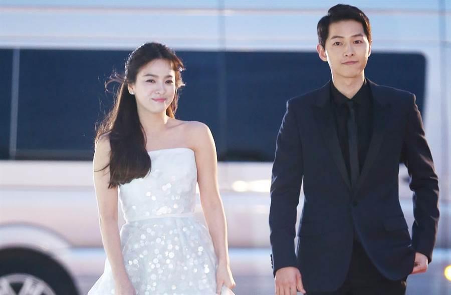 南韓記者曝光雙宋離婚內幕,指出是宋慧喬先提出調解離婚,然男方先宣布,才讓她飽受輿論攻擊。(達志影像)