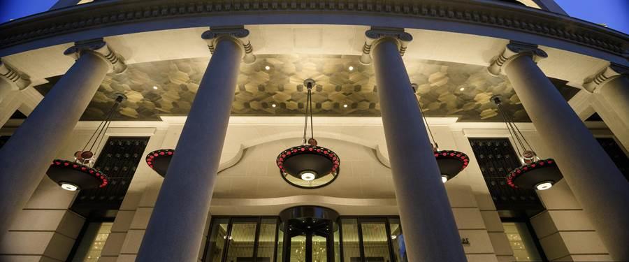 台中市豪宅密度最高的7期,匯聚來自國內外建築師操刀設計,聯聚建設的作品,也是建築等相關係所學生觀摩的經典課堂。(盧金足翻攝)