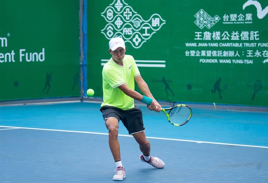 陳迪三盤逆轉瑞士好手,晉級台塑盃男網賽第二站單打第二輪。(海碩整合行銷提供)