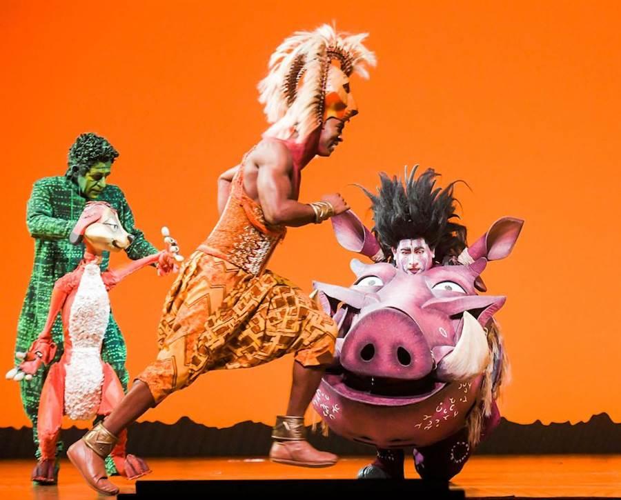 電影中的人氣角色丁滿(中)與澎澎(右)也在音樂劇中出現。(盧禕祺攝)
