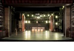 台中國家歌劇院首度開放劇場工作區 揭開劇場人專屬神祕空間