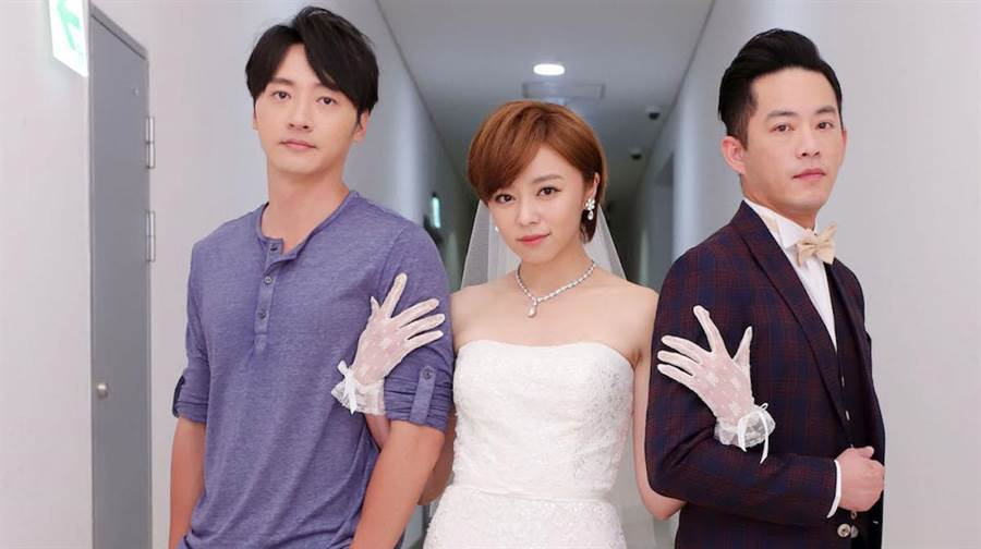 馬俊麟(左起)、王瞳、韓宜邦拍婚禮戲。民視提供
